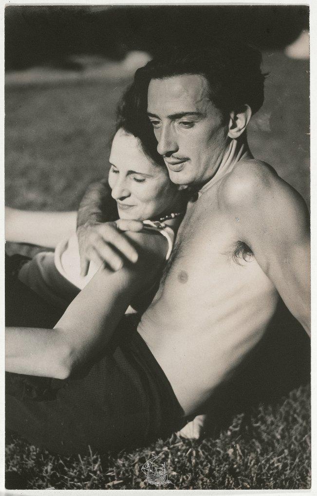 Η Gala και ο Salvador Dalí, 1933