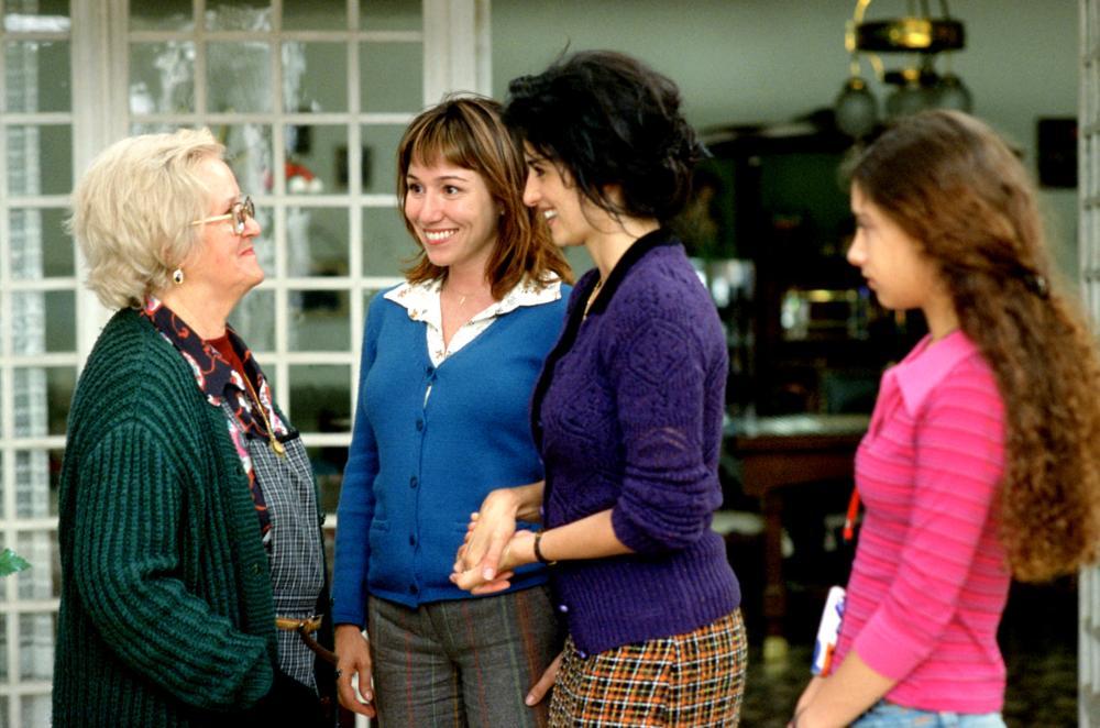 VOLVER, Chus Lampreave, Lola Duenas, Penelope Cruz, Yohana Cobo, 2006. ©Sony Pictures Classics